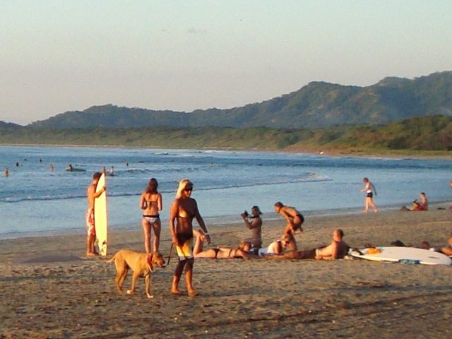 tamarindo-surf-girl